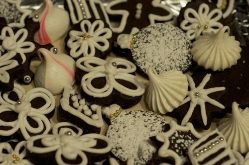 dark choc sugar cookies b