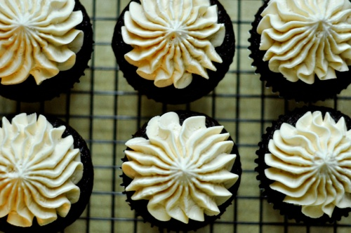 malt cupcakes 1