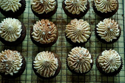 malt cupcakes 2